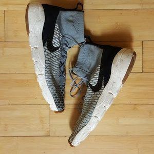 Nike Men's  Air Footscape  Magista Flyknit